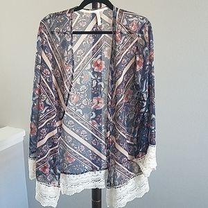 Floral Kimono with Lace Trim Size L